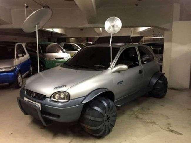 Очень странные и необычные автомобили (37 фото)