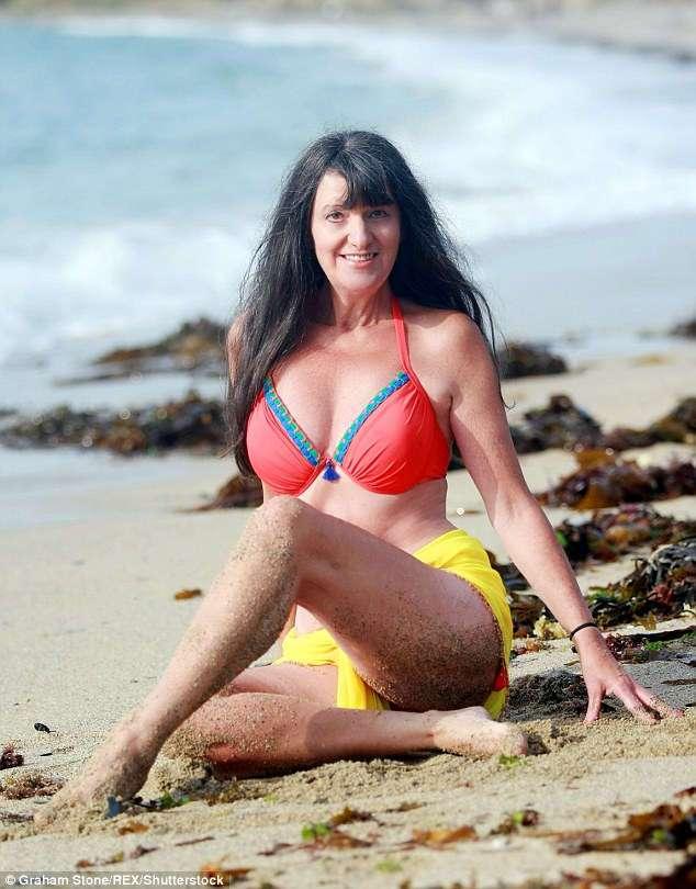 «Мне вслед оборачиваются 20-летние»: самой старой гламурной модели Великобритании 65 лет