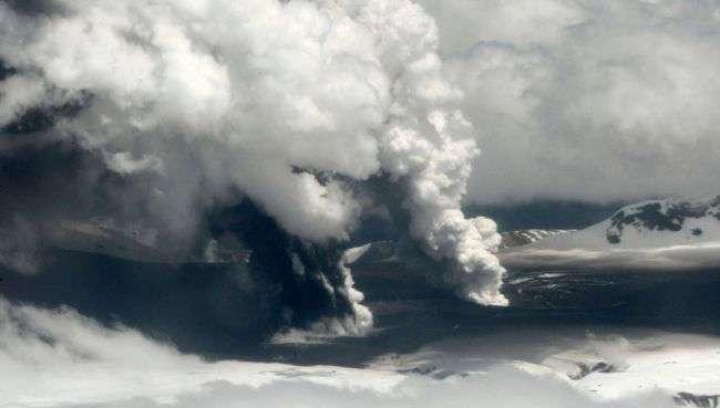Невероятные по мрачной красоте извержения вулканов