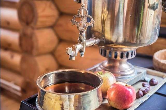 Почему чай так называется? Как в России появился чай?