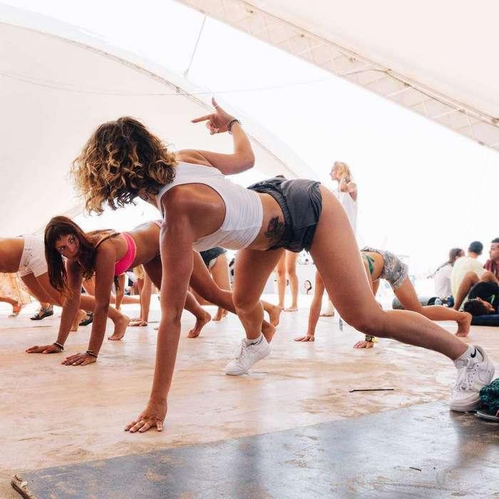 Соблазнительный тверк и пикантные фото киевской тверк-танцовщицы Марии Скорченко