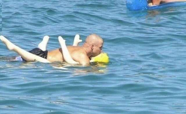 Скоро на всех пляжах мира