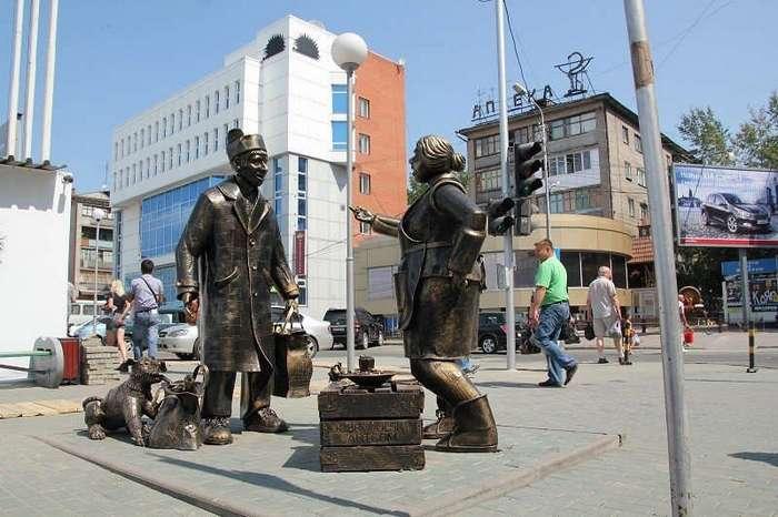 Необычные и прикольные памятники в российских городах
