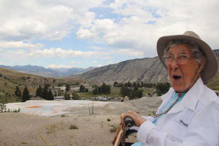 Умерла 91-летняя бабушка, которая отказалась от лечения рака и выбрала путешествия