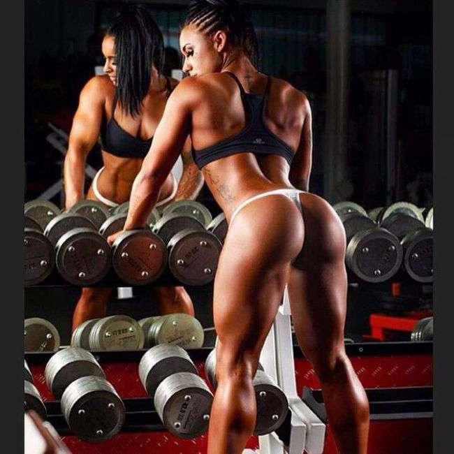 Рельефная красота спортивных дам