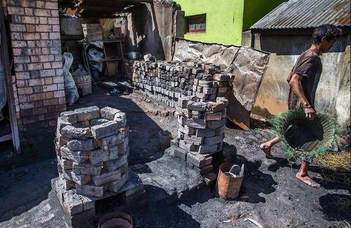 Алюминиевые изделия ремесленников Мадагаскара