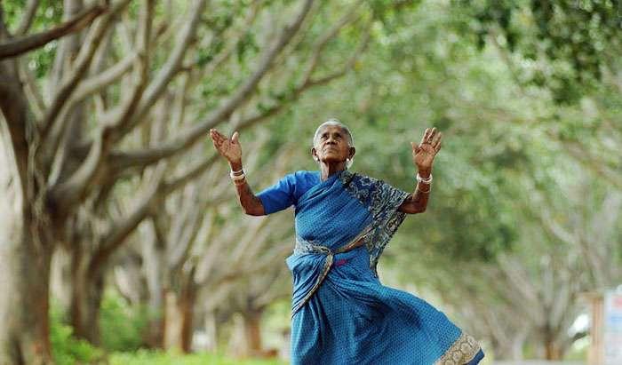 105-летняя женщина, у которой никогда не было детей, стала матерью для 300 деревьев