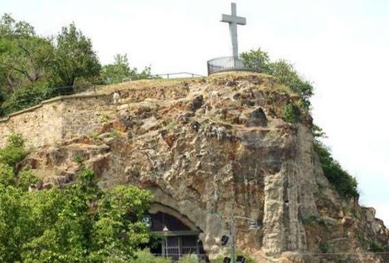 Удивительные и необычные туристические достопримечательности в Венгрии