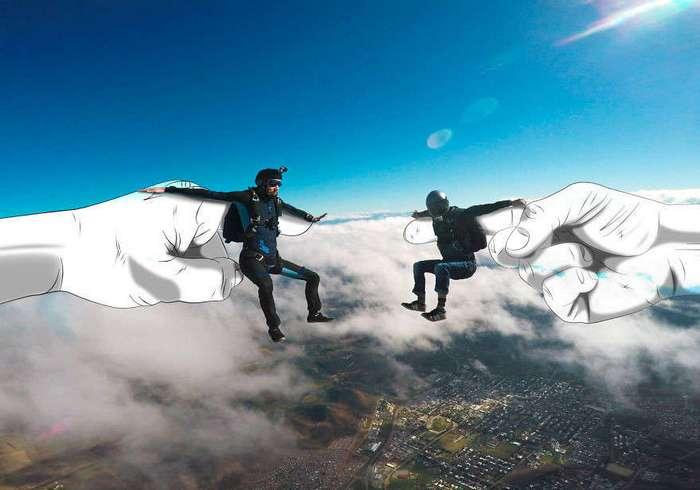 Классные фото: парашютист объединил два увлечения