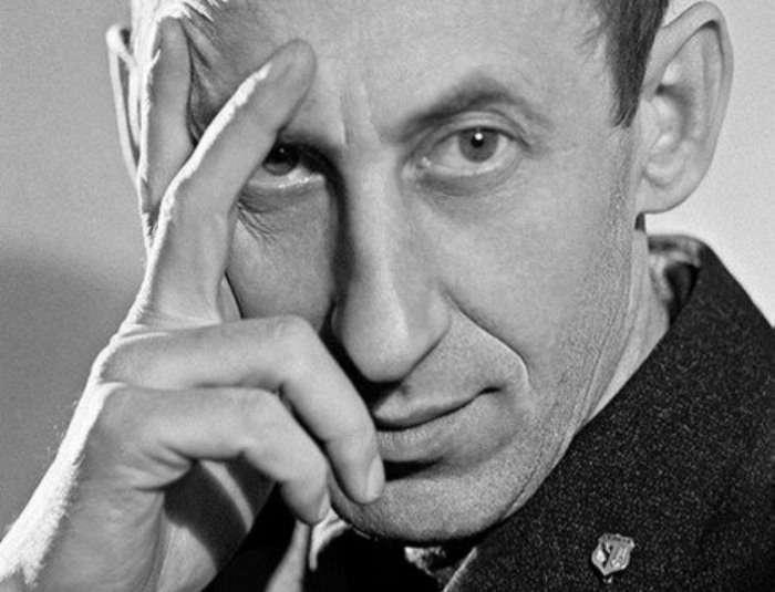 Три жены Владимира Басова: как «некрасивому обольстителю» удалось покорить первых красавиц советского кино