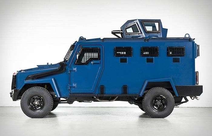 Новый броневик Toyota Land Cruiser