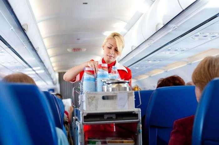 Почему не стоит заказывать кофе в самолете и еще 7 возможных авиасекретов /для некоторых/