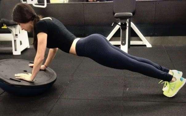 Инструктор по фитнесу Джен Селтер