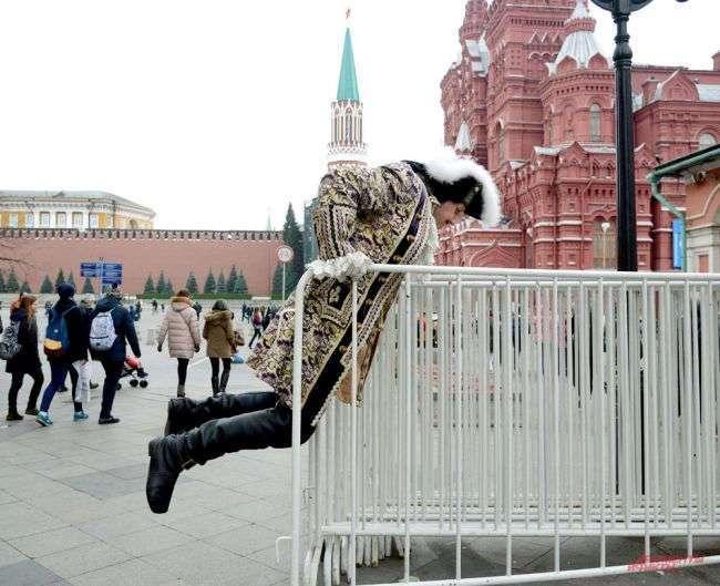 P.S. Боярин и Ленины. Секреты работы ряженых в центре столицы