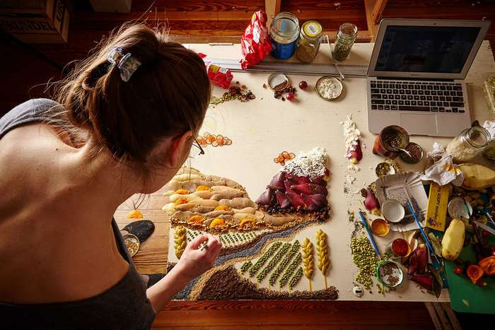 Произведения искусства от девушки, которая любит играть с едой