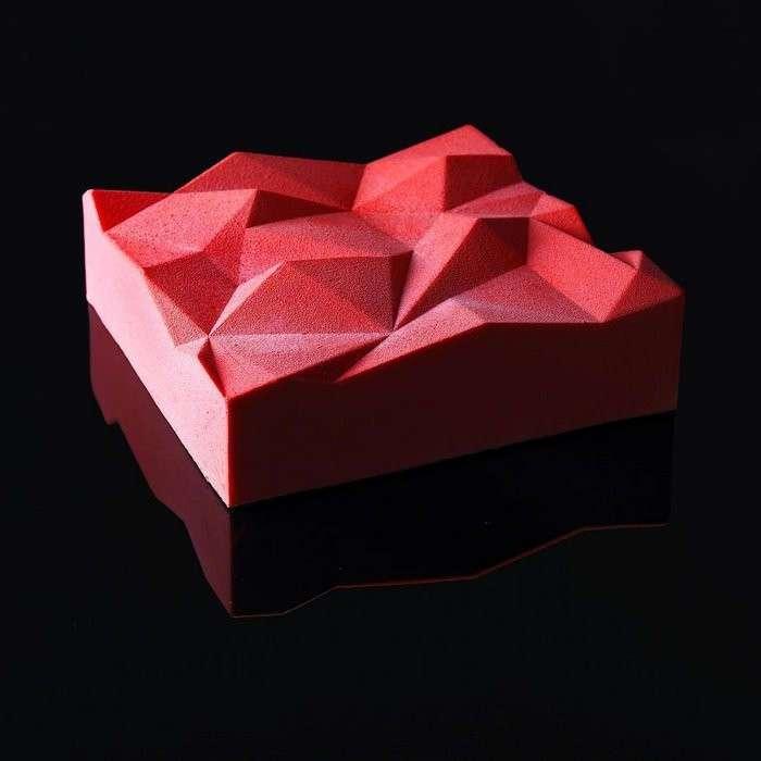 Когда архитектор печёт, его десерты слишком идеальны, чтобы их есть