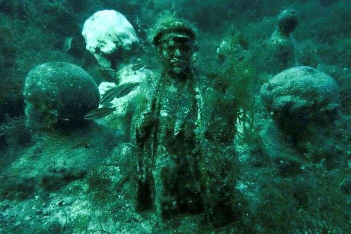 Подводный музей забытого коммунизма у берегов Крыма