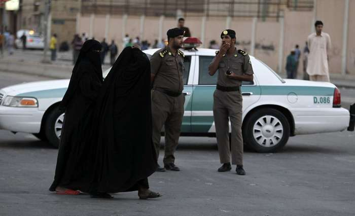 10 вещей, которые нельзя делать женщинам в Саудовской Аравии