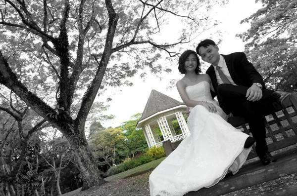Невеста пожаловалась на фото со свадьбы и покорила интернет