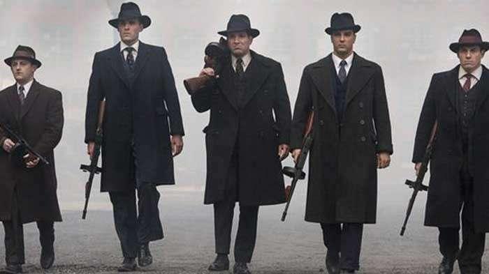 Мода гангстеров и их боевых подруг: непревзойдённый и безупречный стиль ходящих по лезвию бритвы