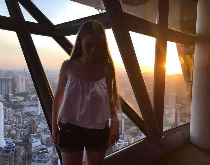 «Самая горячая учительница математики в мире» из Минска