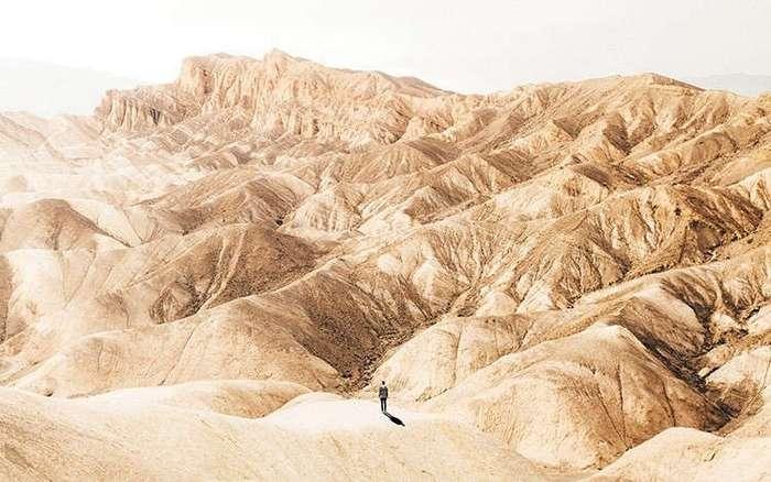 23-летний парень путешествует по миру, чтобы показать его красоту и величие остальным