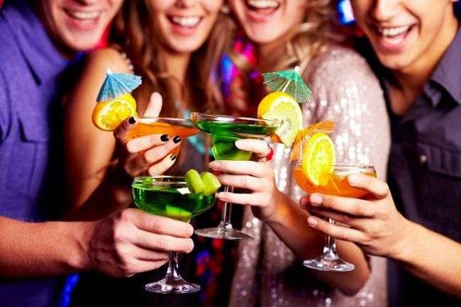 Создан синтетический аналог алкоголя, который не вызывает передоза и похмелья