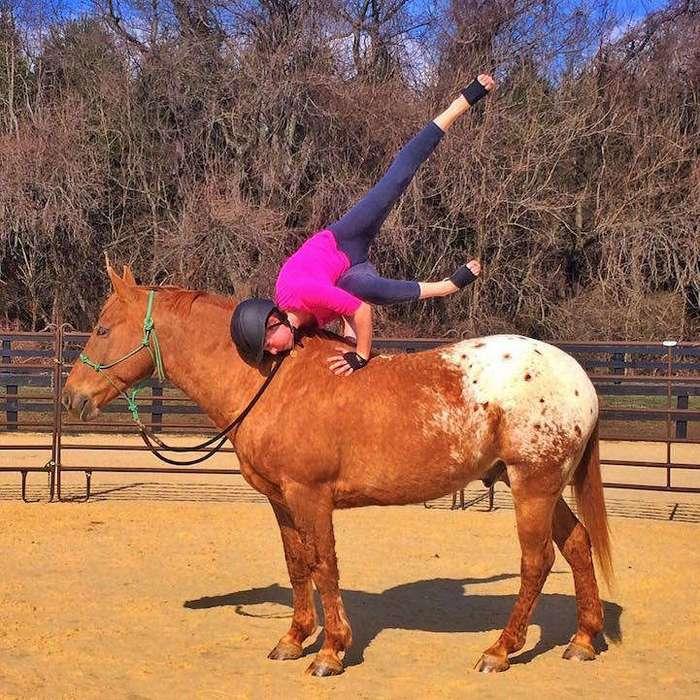 Йога на лошади