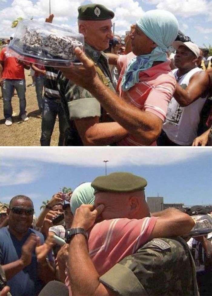 Эти фотографии помогают поверить в то, что в мире существует добро