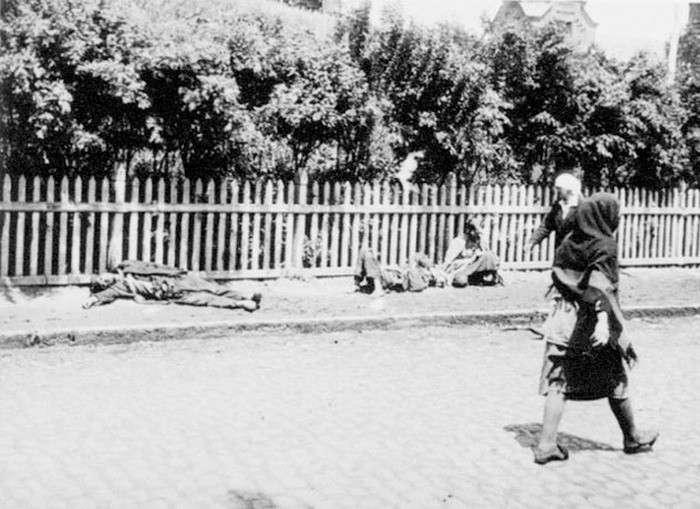 Исторические фотографии, на которых запечатлены самые темные страницы истории