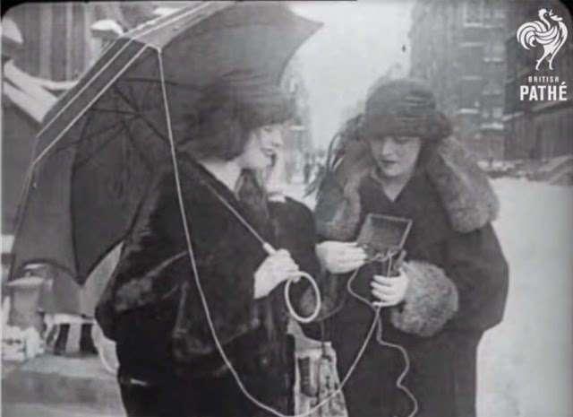 Как люди ждали мобильных телефонов: 18 фотографий из прошлого