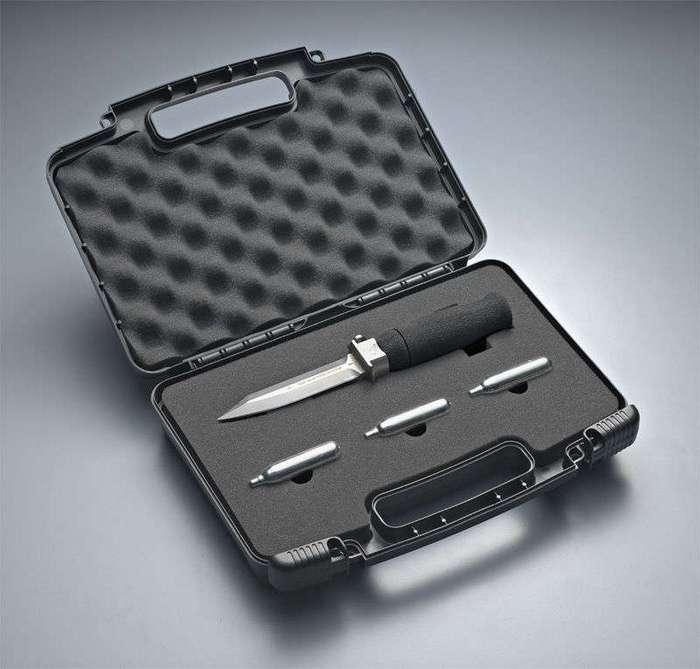 Нож для дайверов