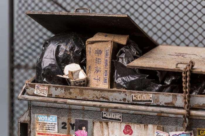 Миниатюрные копии городских трущоб из картона и дерева
