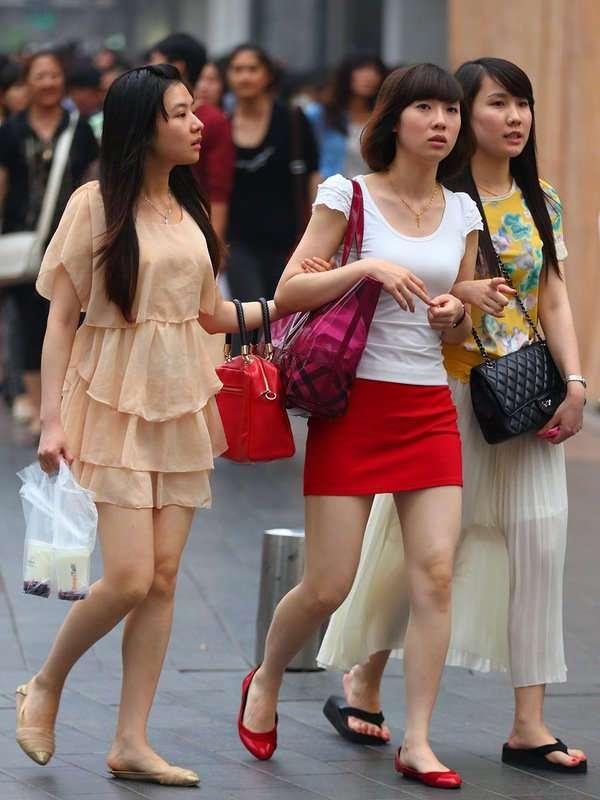 В Китае начали выдавать кредиты студенткам под залог интимных фото