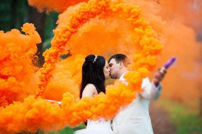 Цветные дымовые шашки - новый тренд