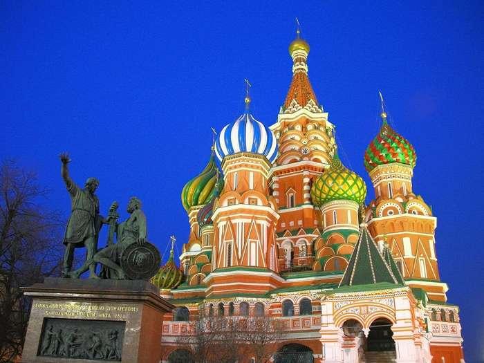 10 мест, которые обязательно нужно посетить в Москве