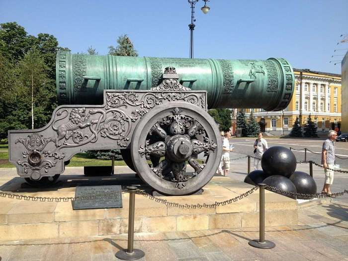 Литейные Цари Московского Кремля: что общего и пушки и колокола