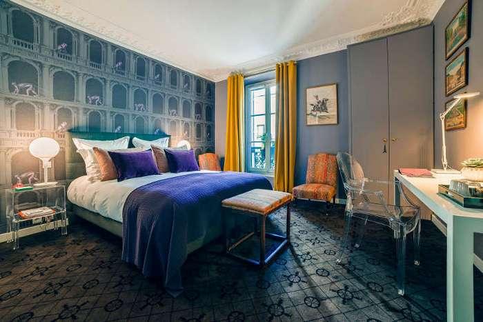 Отель с тремя номерами в Париже
