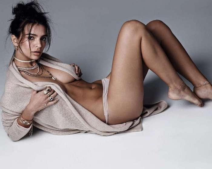 Эмили Ратаковски объяснила критиканам, почему она не носит бюстгальтер