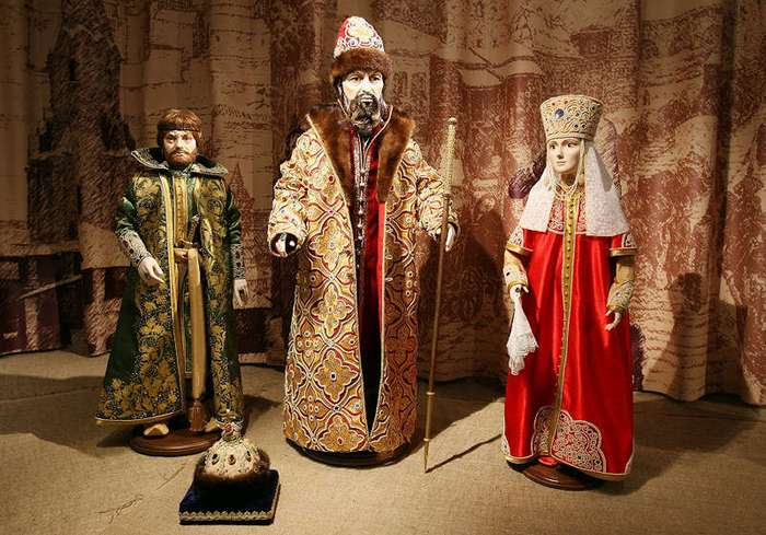 12 загадок русских монархов
