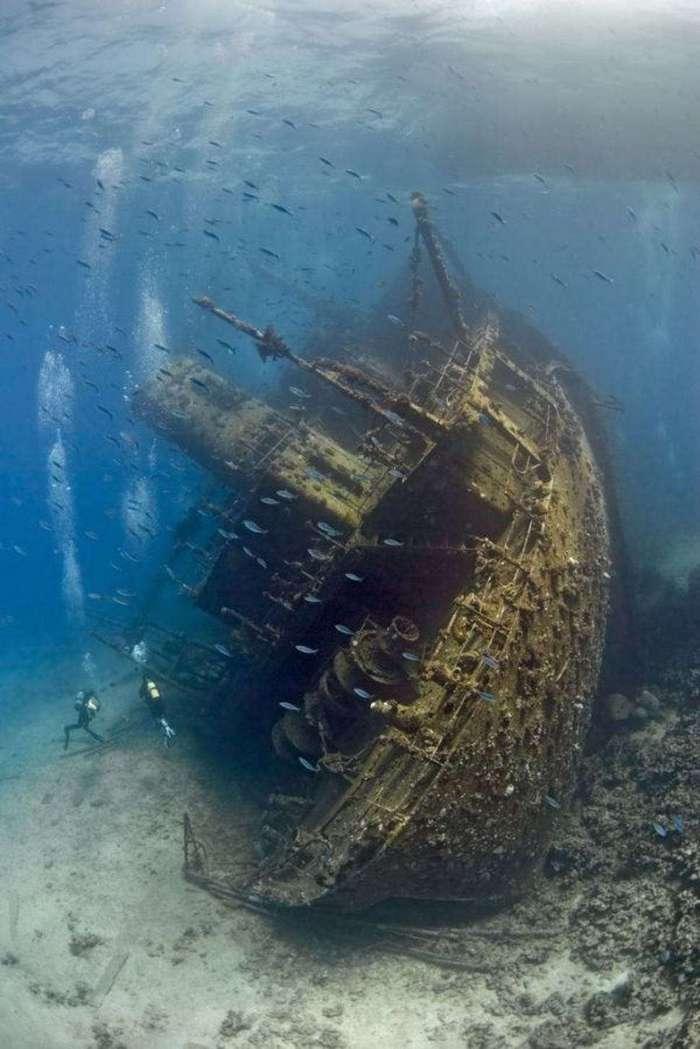 Со дна моря пропали корабли