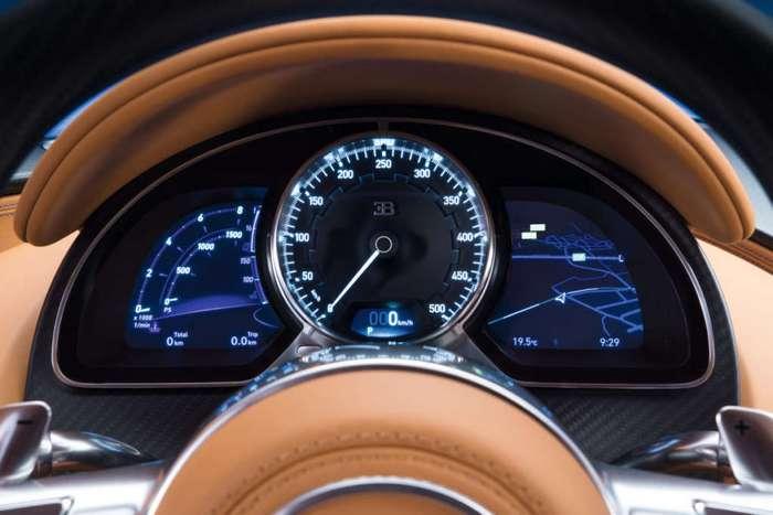 10 впечатляющих фактов о Bugatti Chiron 2017