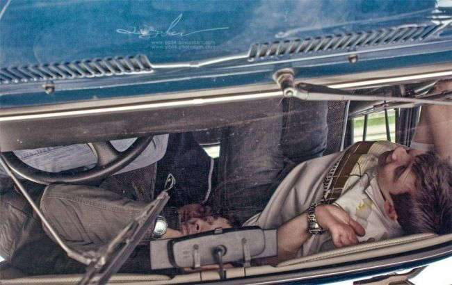 Однажды в автомобиле… (24 фото)