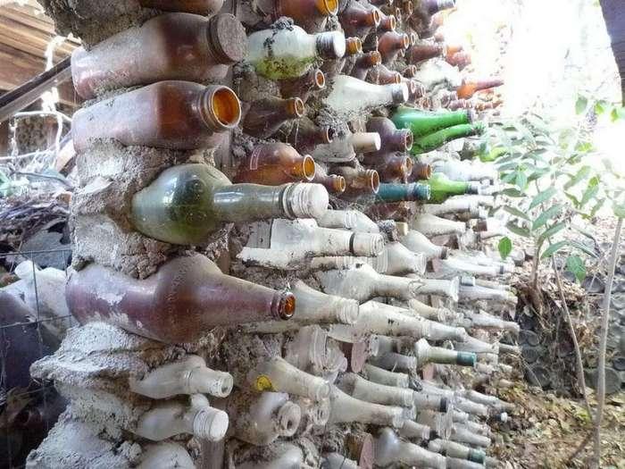 Деревня из бутылок бабушки Присбри