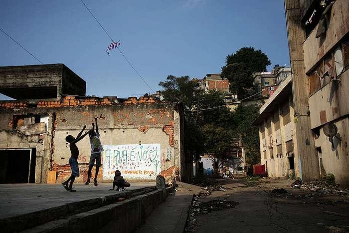 Дно Олимпиады: как выглядит Рио за пределами отмытых центральных районов