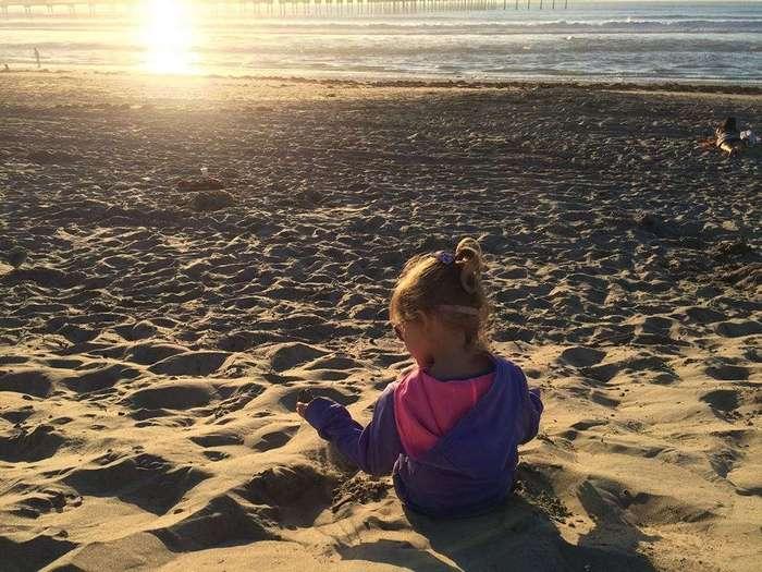 Мама решила устроить своей 6-летней дочери удивительное приключение прежде, чем та ослепнет