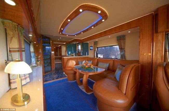 Дом на колесах за 1200000$