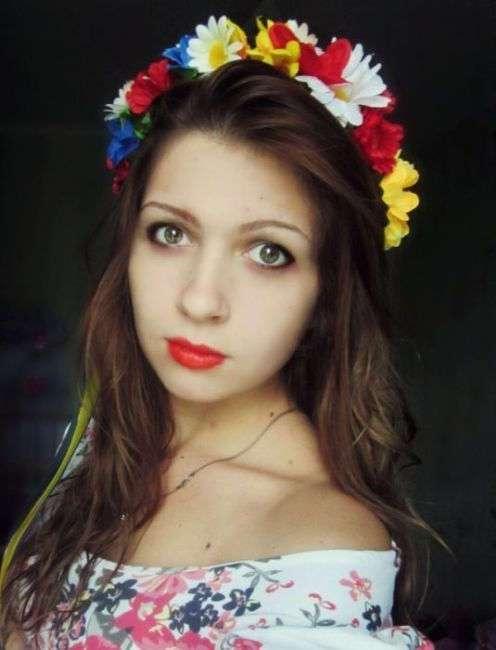 Красотки из соцсетей (30 фото)
