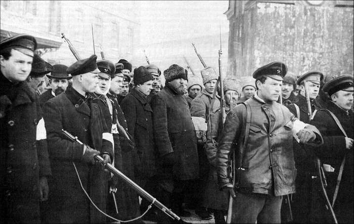 Революция касс. Где большевики брали деньги на Октябрь?