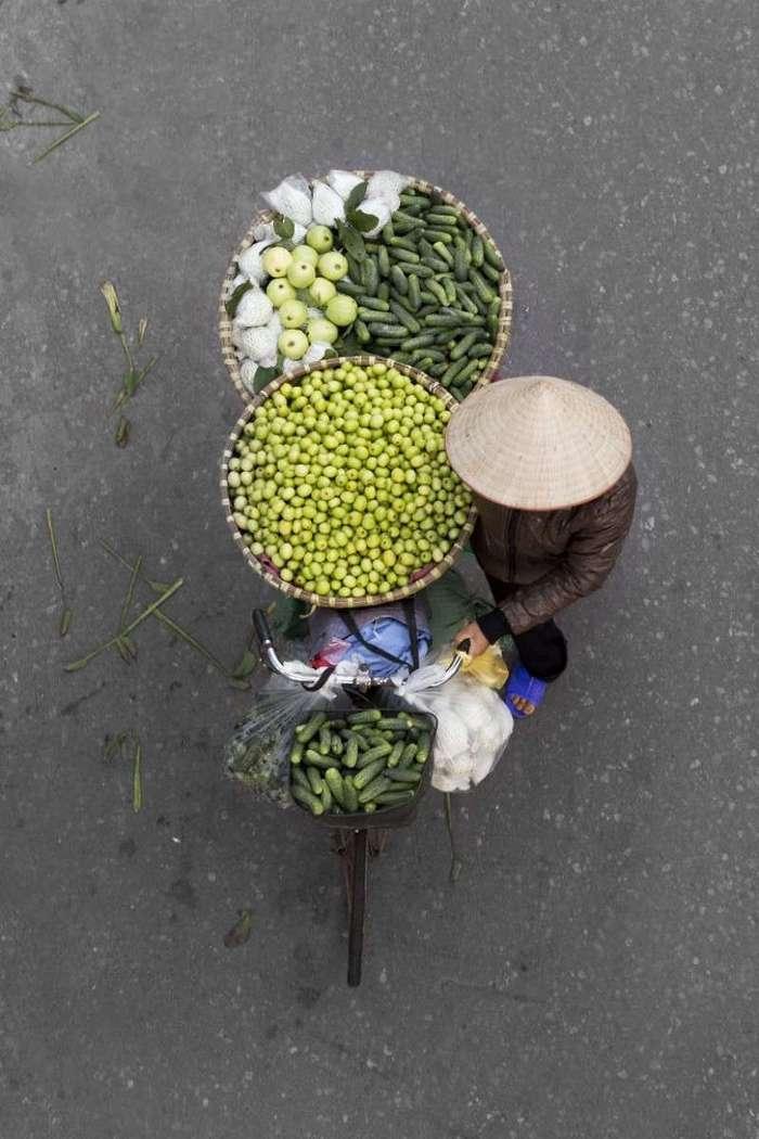 Вьетнамские уличные торговцы – воплощение гармонии